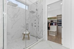 15-master-ensuite-to-closet at 14358 Greencrest Drive, Elgin Chantrell, South Surrey White Rock