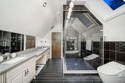 20-childrens-bedroom-shower at 13415 Vine Maple, Elgin Chantrell, South Surrey White Rock