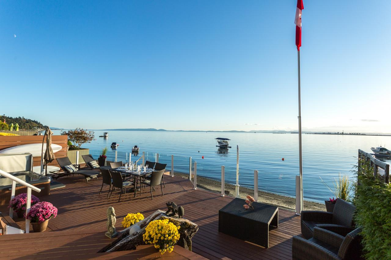 View from patio 1 at 924 Tsawwassen Beach Road, Tsawwassen