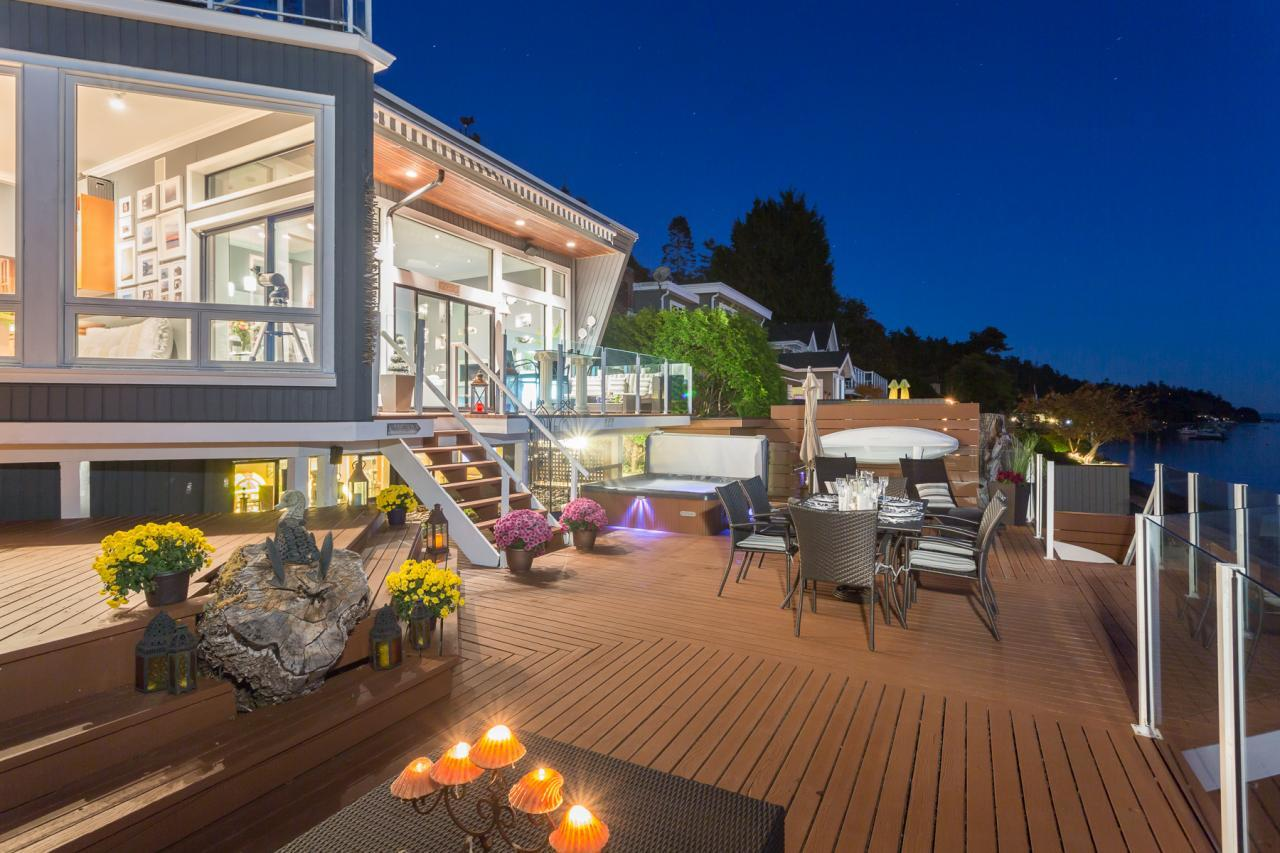 Evening Patio at 924 Tsawwassen Beach Road, Tsawwassen
