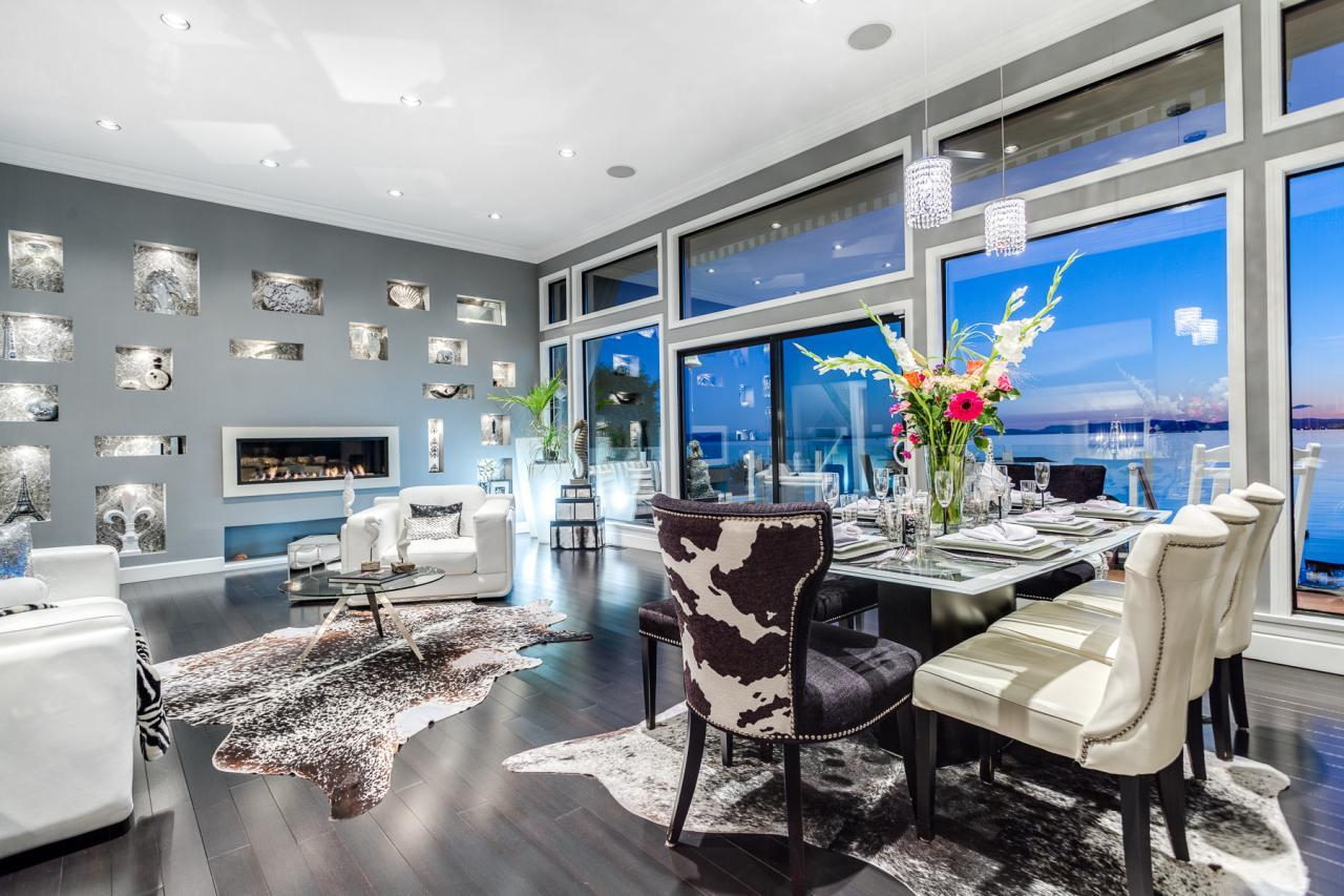 Living Area 2 at 924 Tsawwassen Beach Road, Tsawwassen