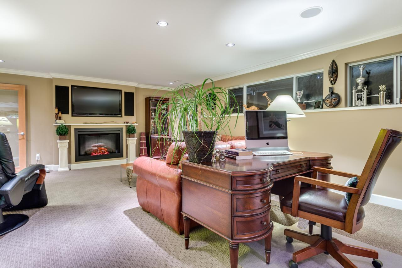 Rec Room 1 at 924 Tsawwassen Beach Road, Tsawwassen