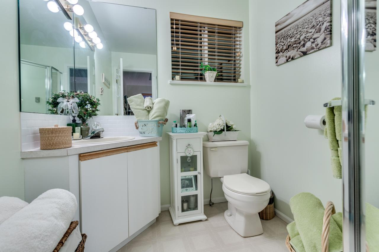 3rd Bathroom at 924 Tsawwassen Beach Road, Tsawwassen