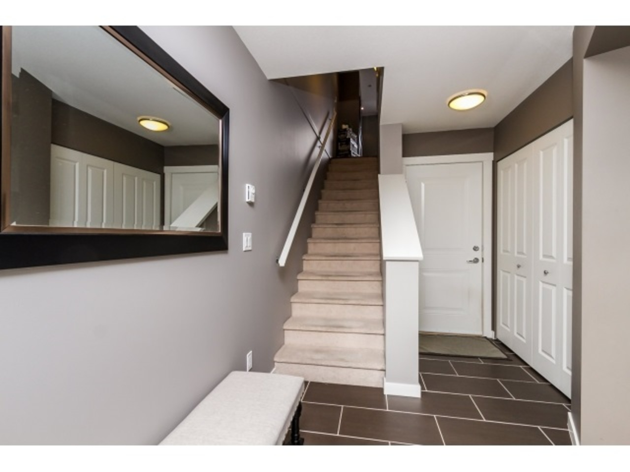 Foyer 2 at 18 - 7238 189 Street, Clayton, Cloverdale