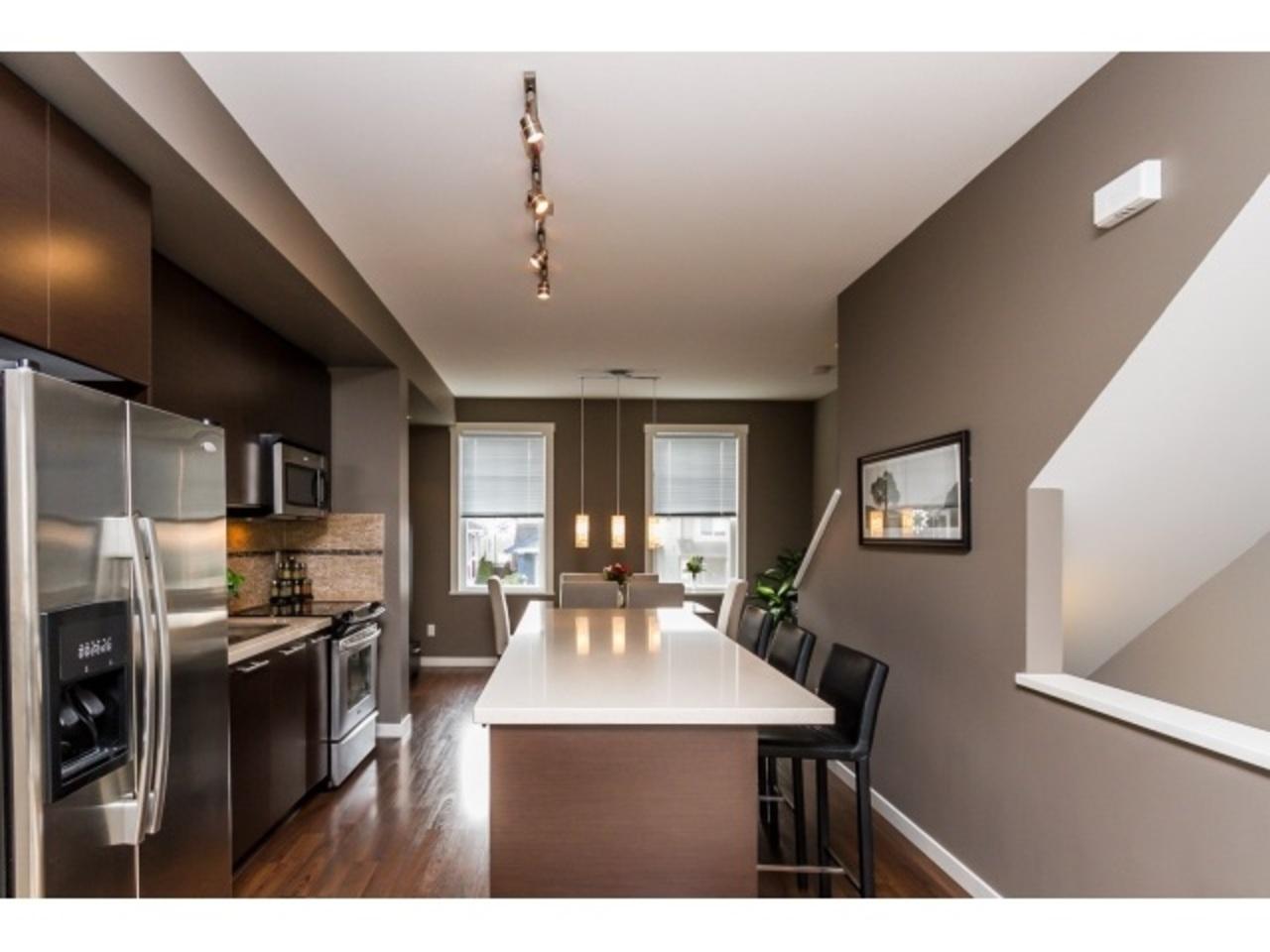 Kitchen 1 at 18 - 7238 189 Street, Clayton, Cloverdale