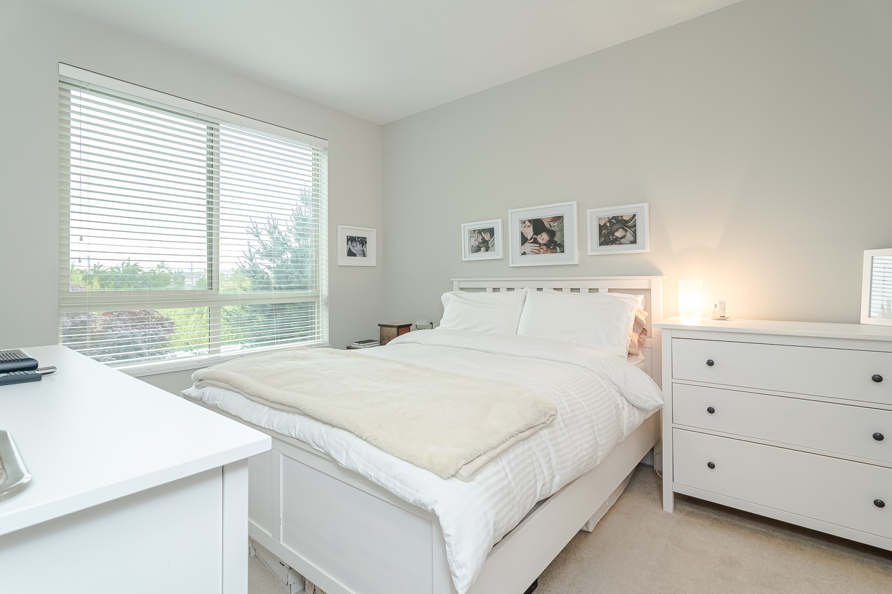 48138_20 at 206 - 20861 83rd Avenue, Willoughby Heights, Langley