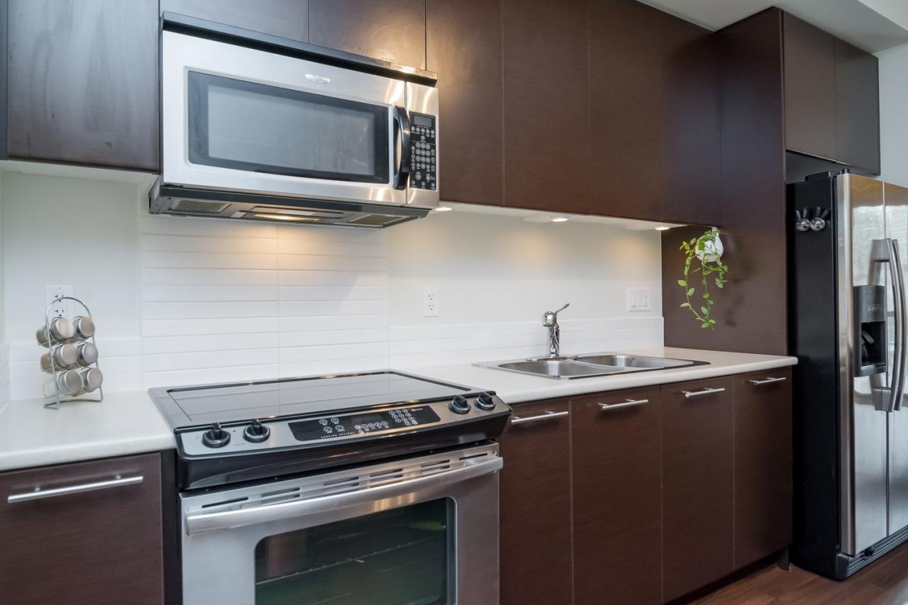 Open Kitchen 4 at 19 - 7238 189 Street, Clayton, Cloverdale