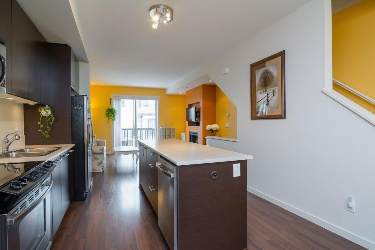 Open Kitchen 3 at 19 - 7238 189 Street, Clayton, Cloverdale