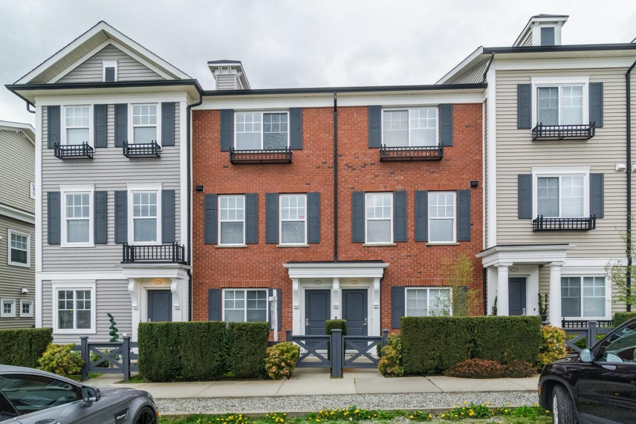 Exterior 3 at 19 - 7238 189 Street, Clayton, Cloverdale
