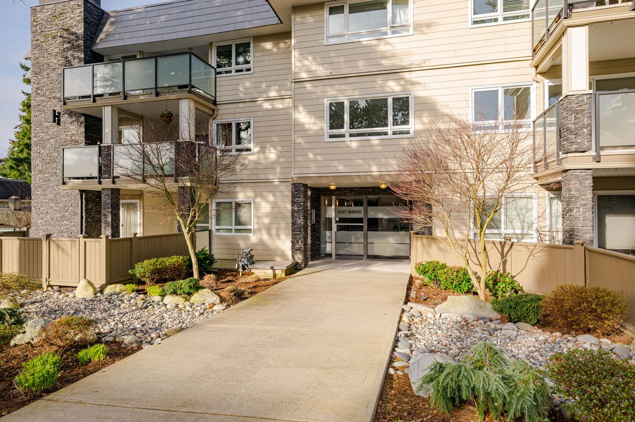205 1371 Foster Street Listed by the Solon Real Estate Group at 205 - 1371 Foster Street, White Rock, South Surrey White Rock