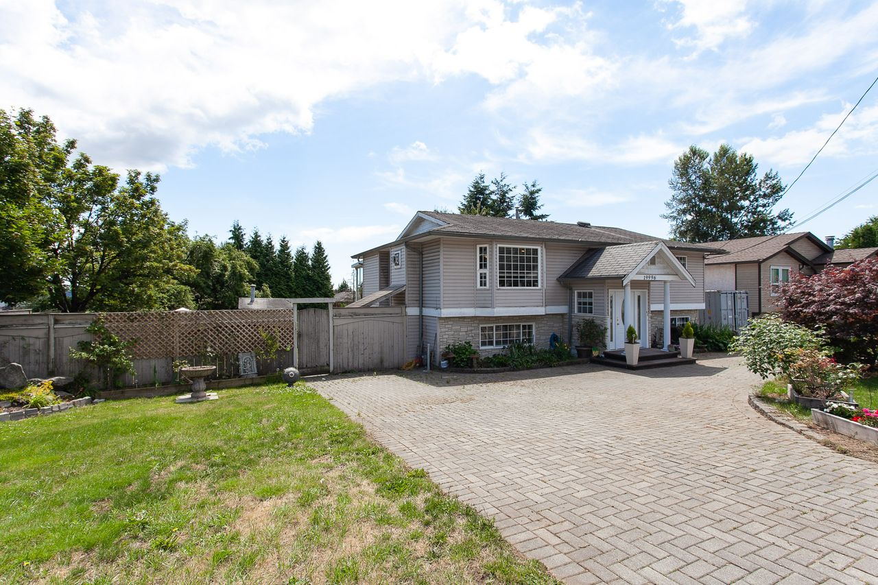 4 at 19996 68 Avenue, Willoughby Heights, Langley