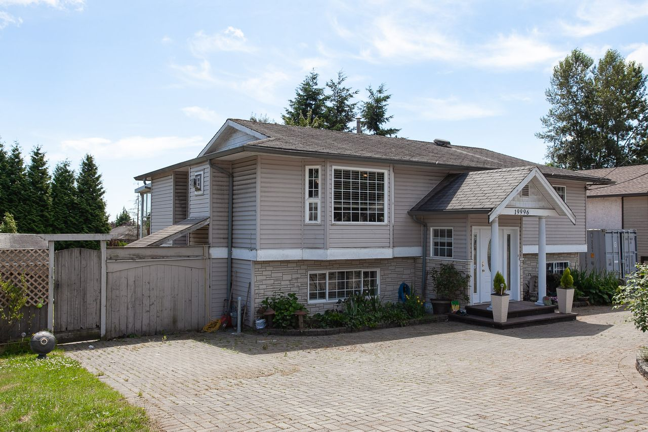 6 at 19996 68 Avenue, Willoughby Heights, Langley