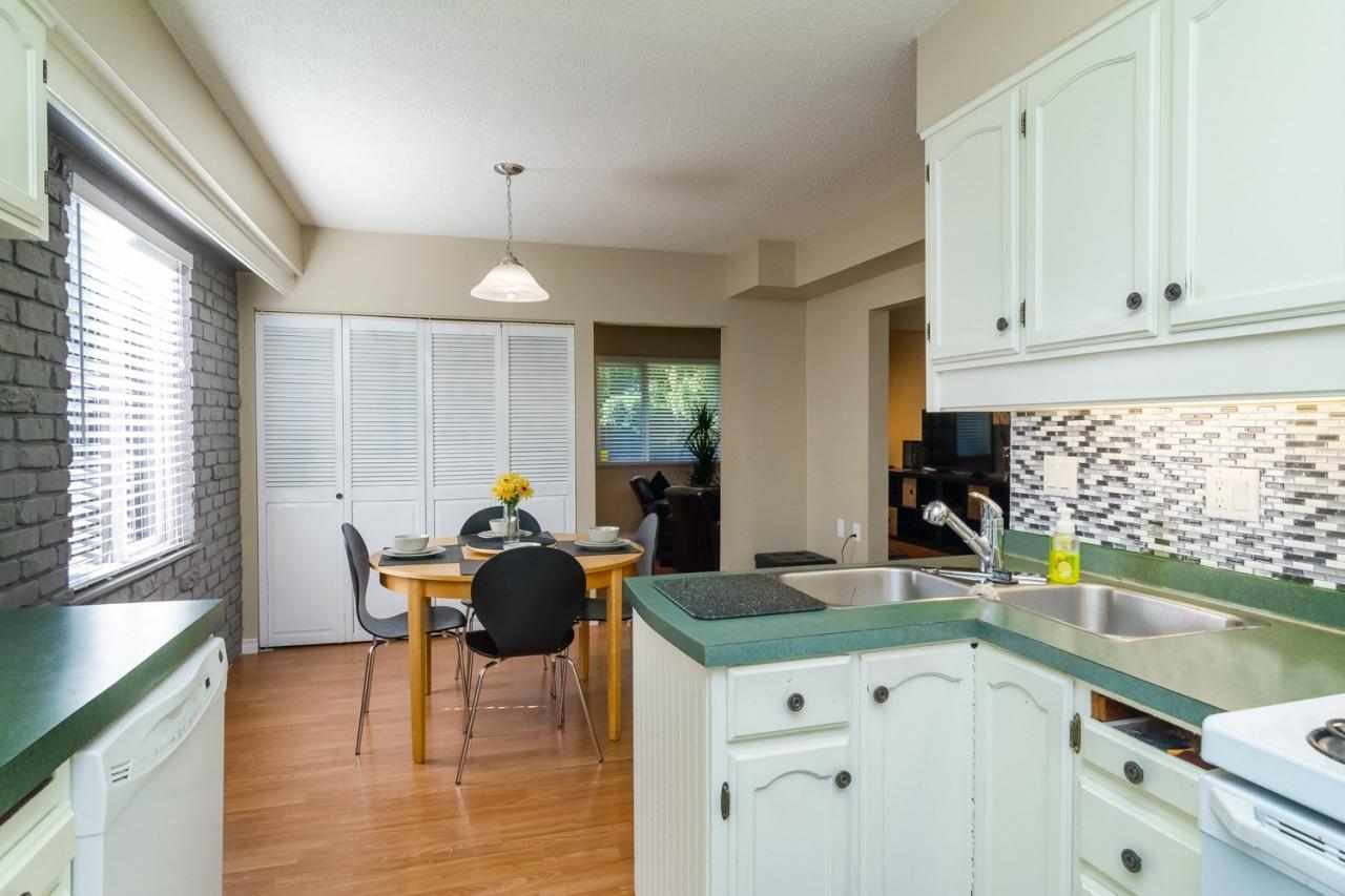 Kitchen at 11520 95 Avenue, Annieville, N. Delta