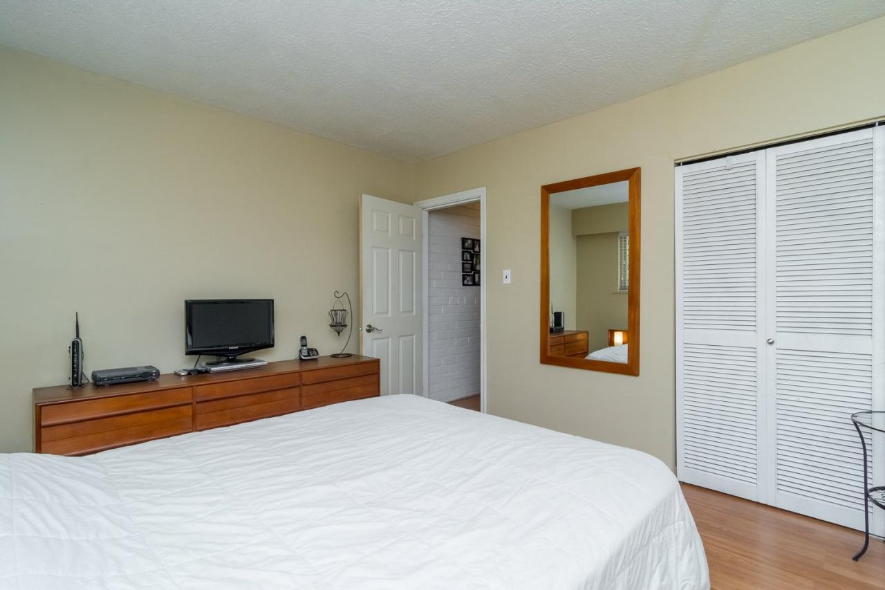 Master Bedroom at 11520 95 Avenue, Annieville, N. Delta