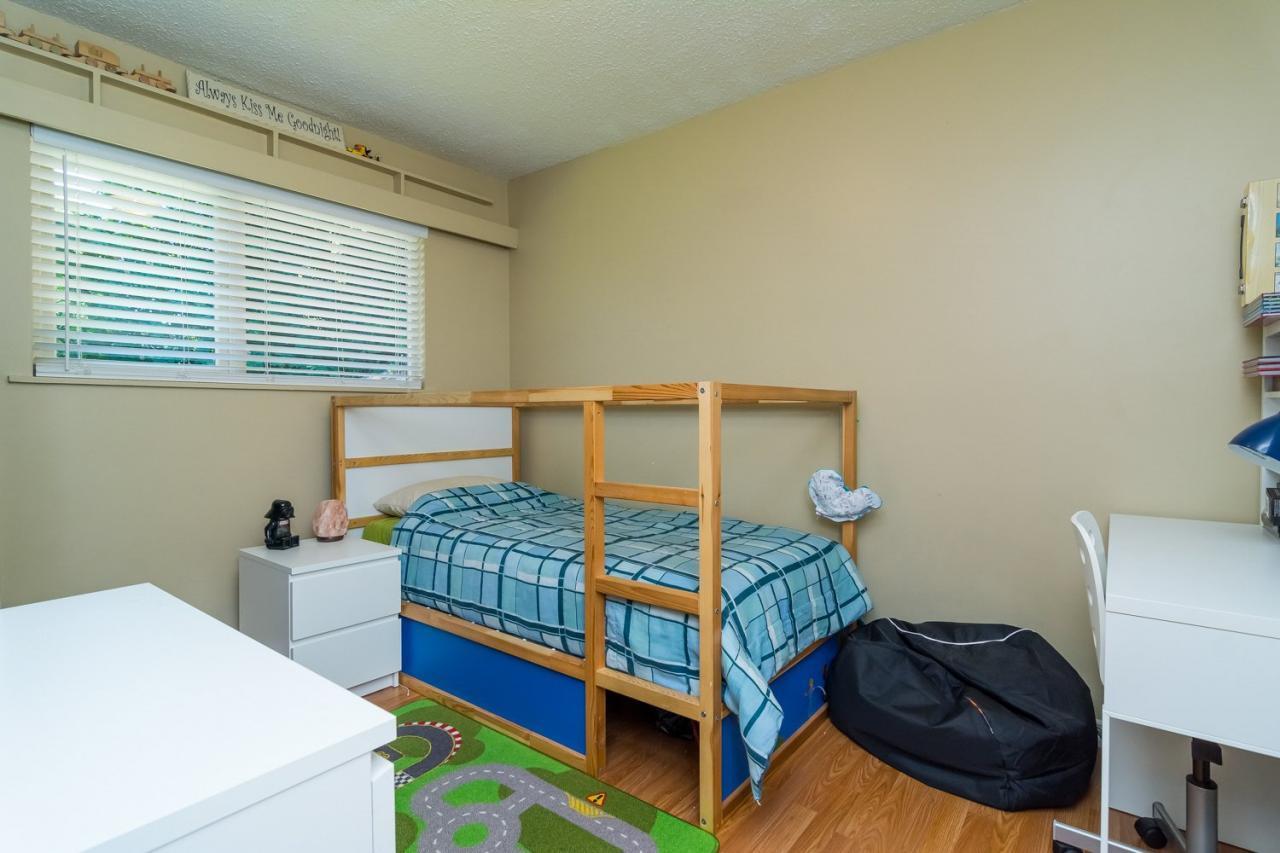 Bedroom at 11520 95 Avenue, Annieville, N. Delta