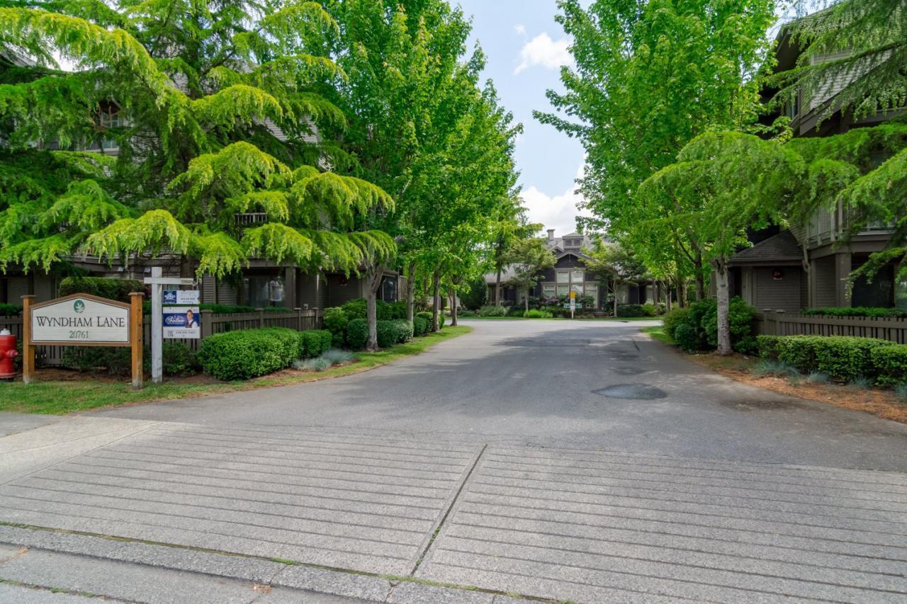 Driveway at 22 - 20761 Duncan Way, Langley