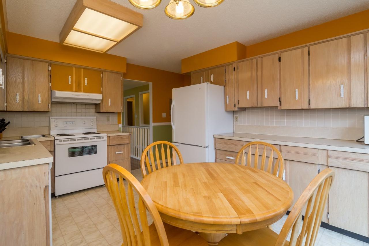 Kitchen 2 at 9473 212a, Langley