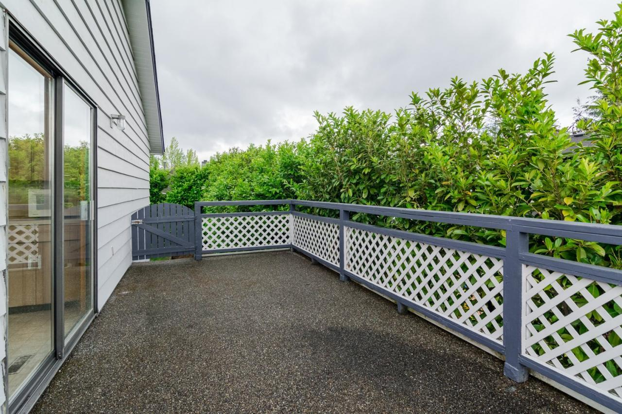 Deck 3 at 9473 212a, Langley