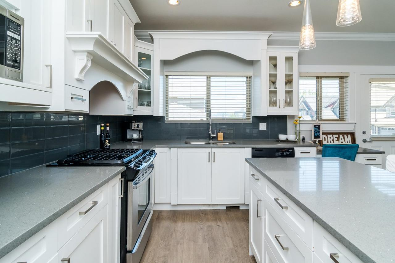 Kitchen 2 at 21169 77b Avenue, Langley
