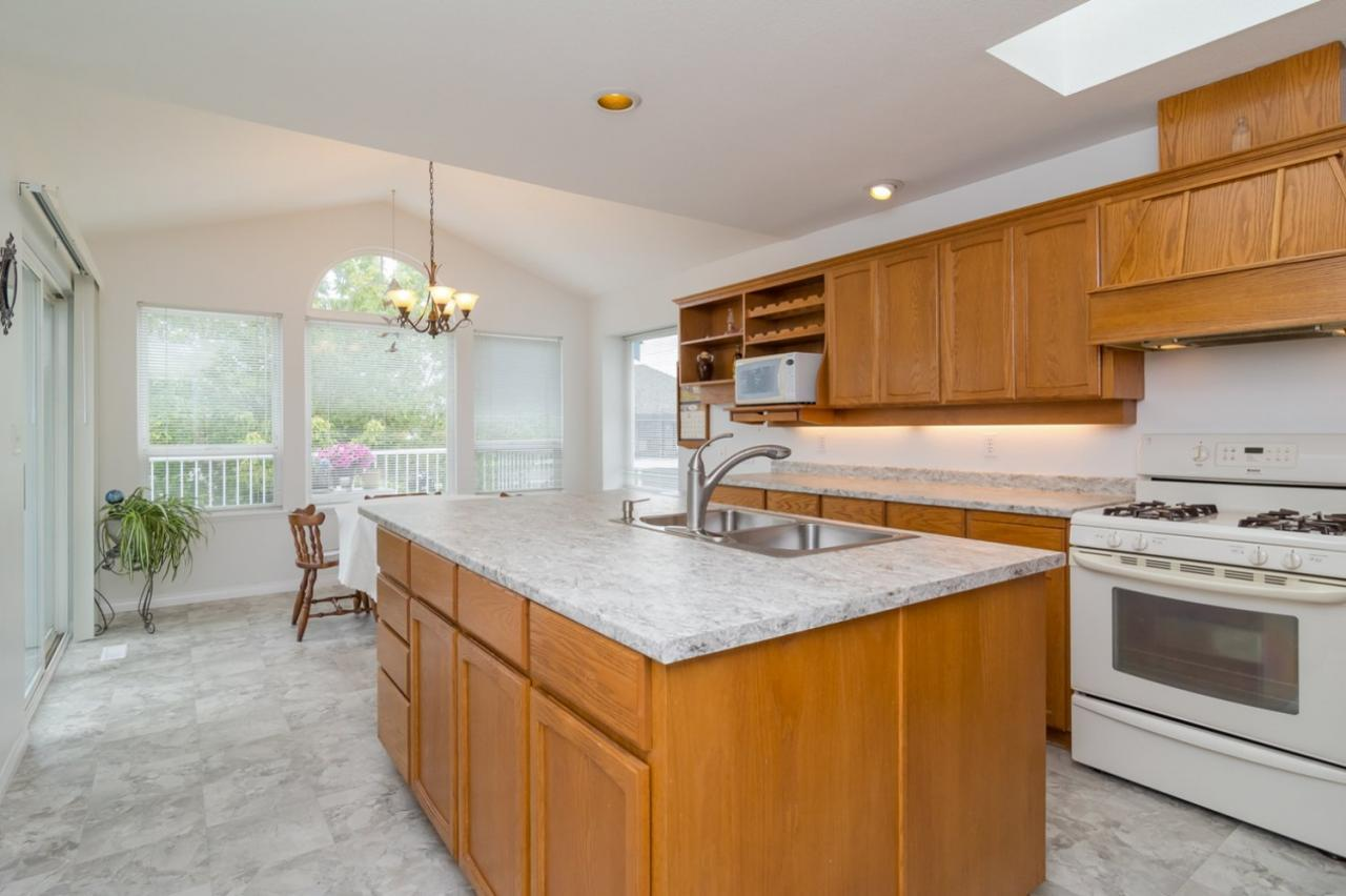 Kitchen 3 at 6375 187a Street, Cloverdale