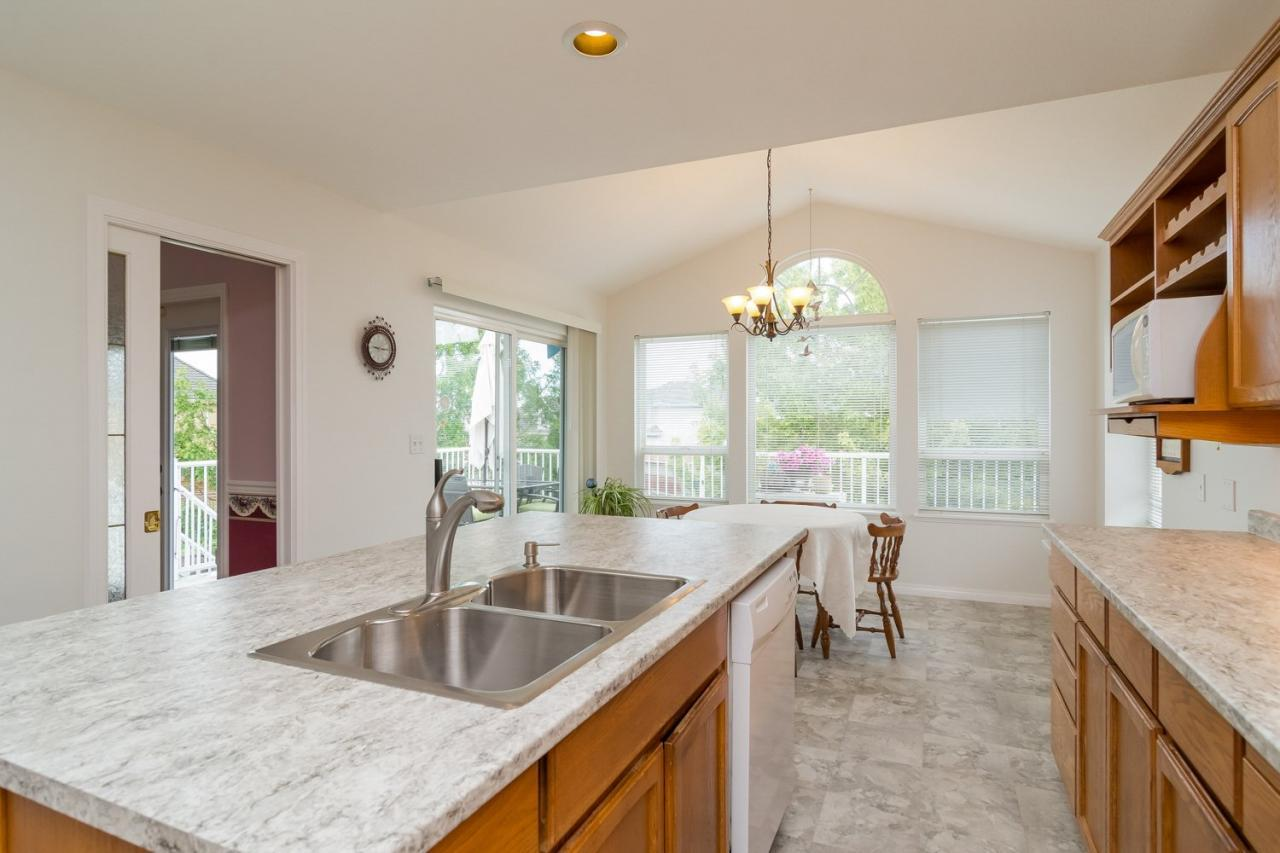 Kitchen  at 6375 187a Street, Cloverdale