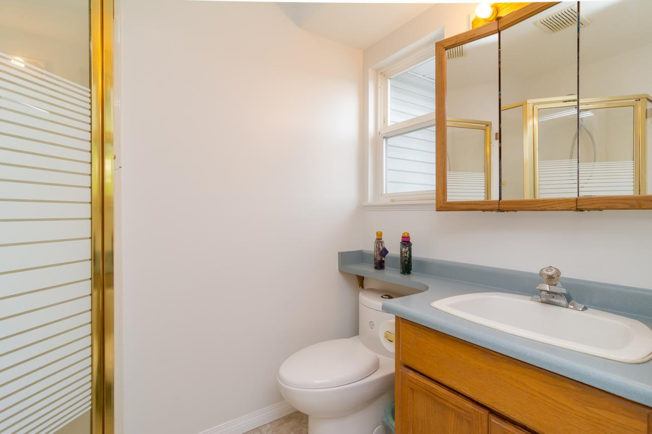 Bathroom at 6375 187a Street, Cloverdale