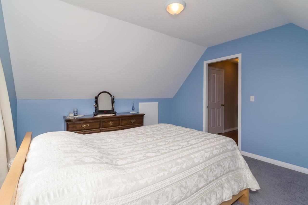Bedroom at 6375 187a Street, Cloverdale