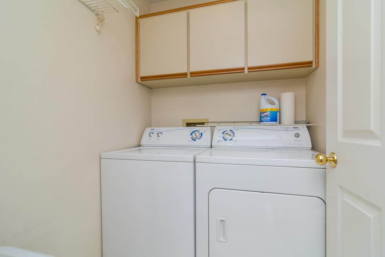 Laundry Room at 6375 187a Street, Cloverdale