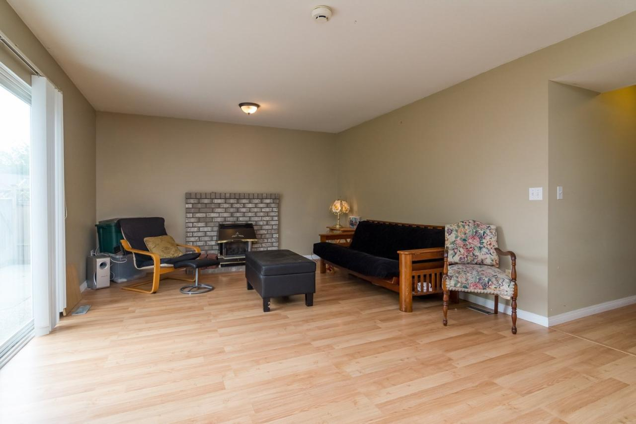 Suite Living Room 2 at 6375 187a Street, Cloverdale