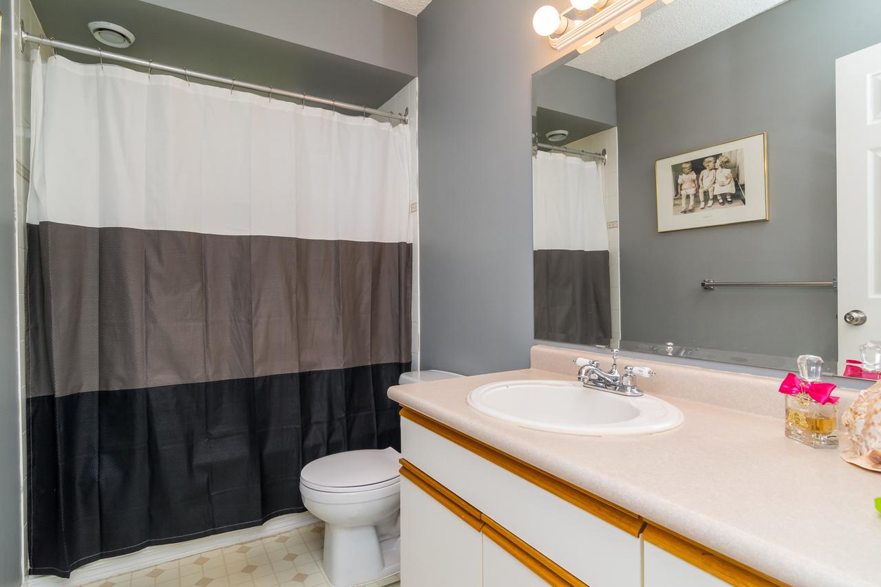 Bathroom at 26974 29 Avenue, Aldergrove Langley, Langley