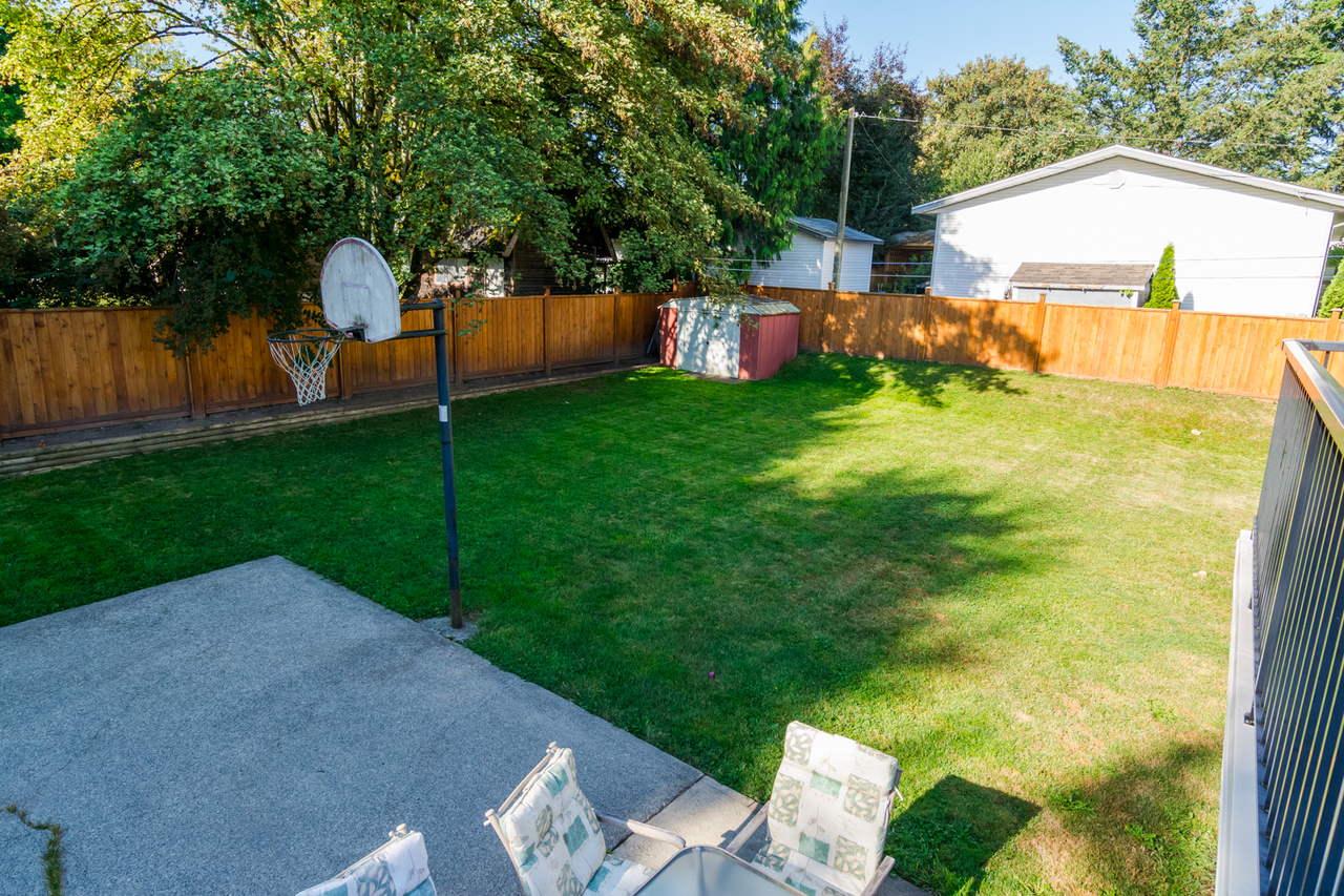 Spacious yard at 26974 29 Avenue, Aldergrove Langley, Langley