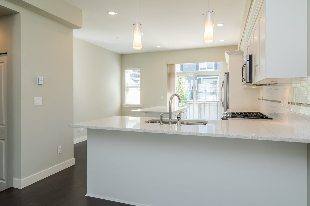 Kitchen 2 at 67 - 2469 164th Street, Surrey