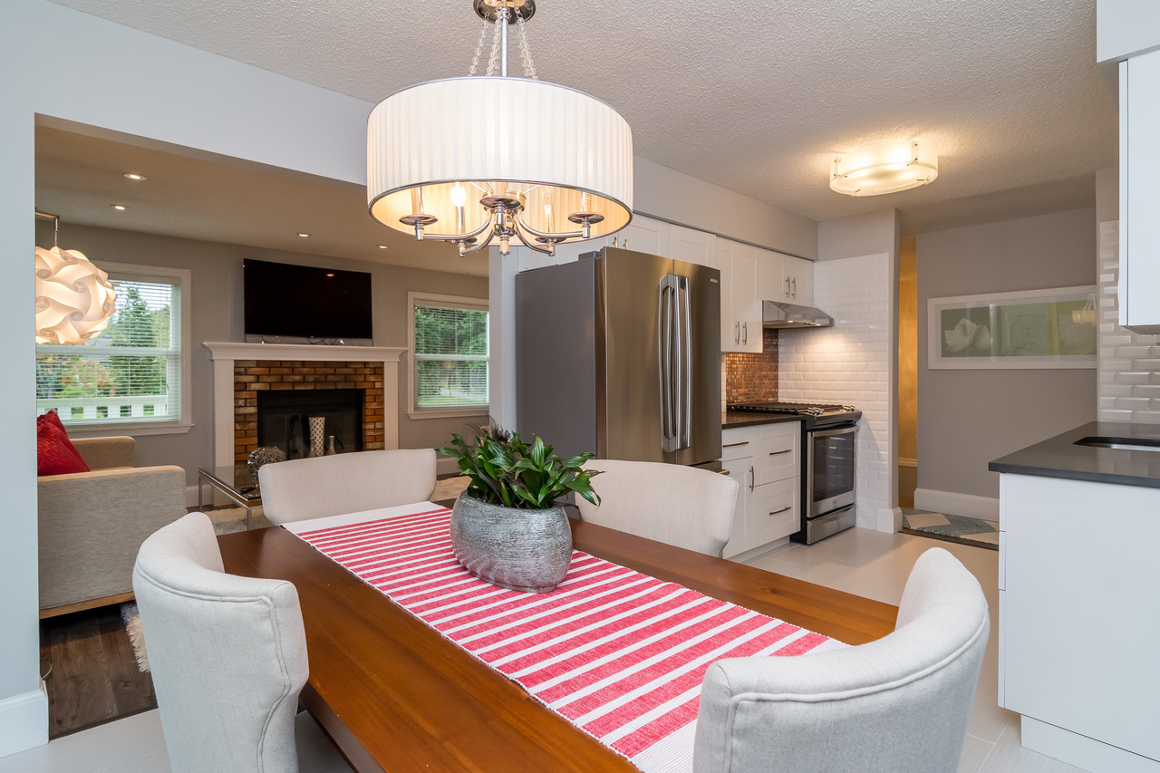 Dining Area at 6358 193b Street, Surrey