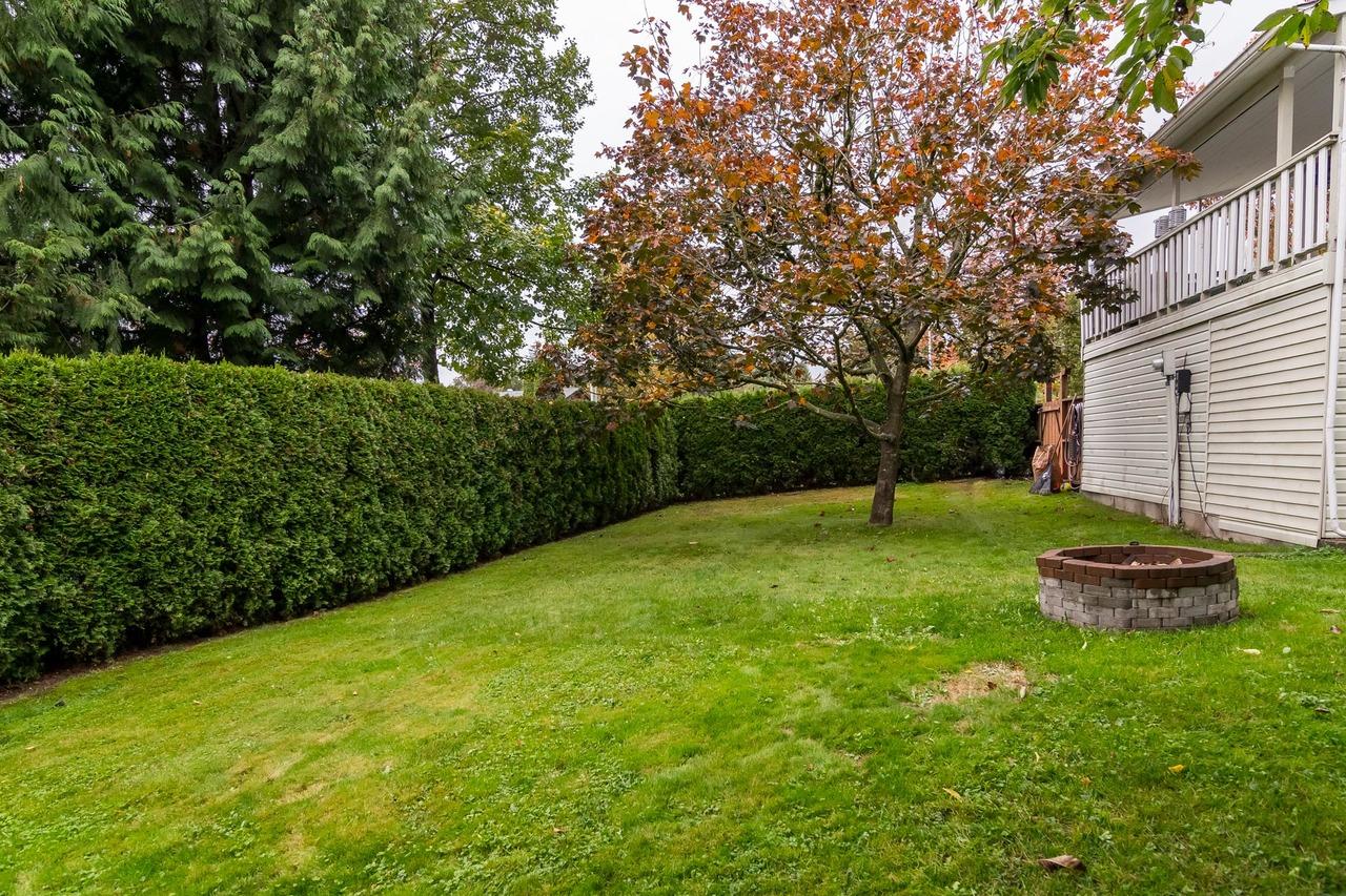 Back Yard 3 at 6358 193b Street, Surrey