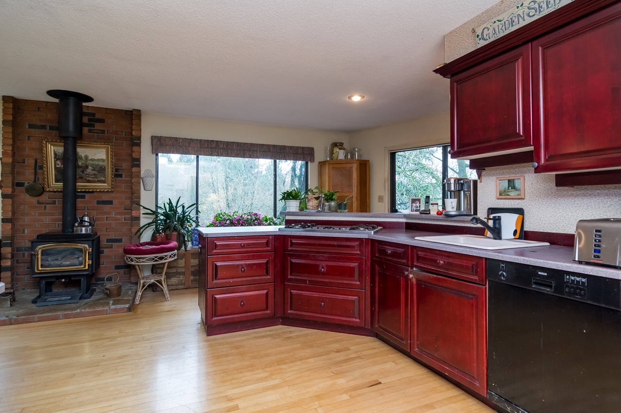 Kitchen 2 -Listed by Solon REM, Top Langley & Fraser Valley Realtor   at 26741 58th Avenue, Langley