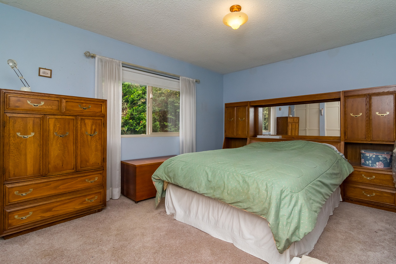 Bedroom  -Listed by Solon REM, Top Langley & Fraser Valley Realtor  at 26741 58th Avenue, Langley