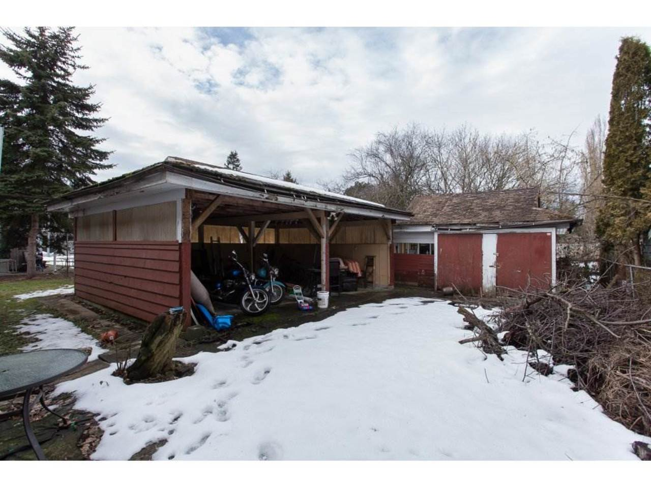 Carport -Listed by Solon REM, Top Langley & Fraser Valley Realtor  at 19943 Brydon, Langley City, Langley
