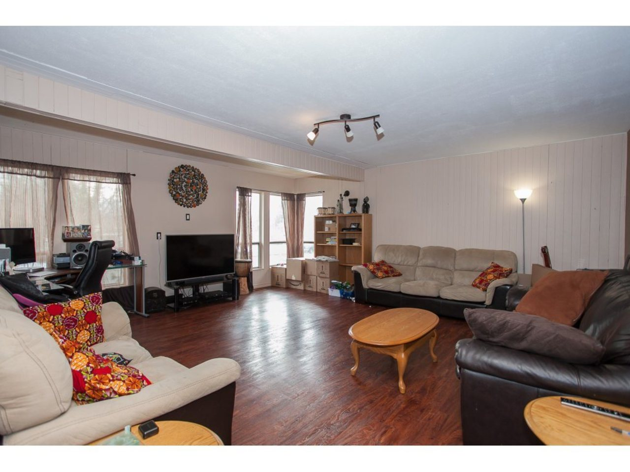 Living Room -Listed by Solon REM, Top Langley & Fraser Valley Realtor  at 19943 Brydon, Langley City, Langley