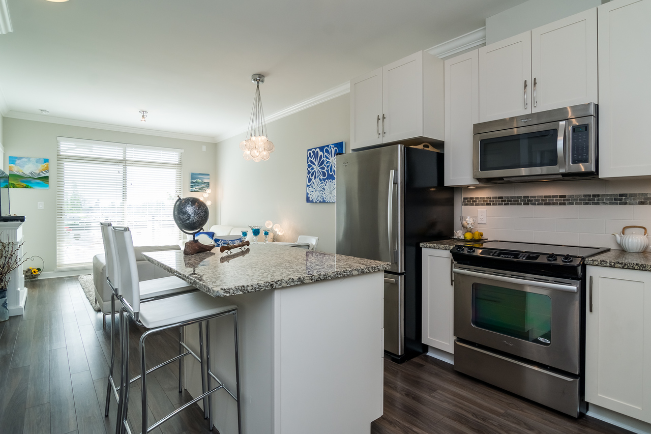 Kitchen -Listed by Solon REM, Top Langley & Fraser Valley Realtor  at 413 - 20861 83rd Avenue, Langley
