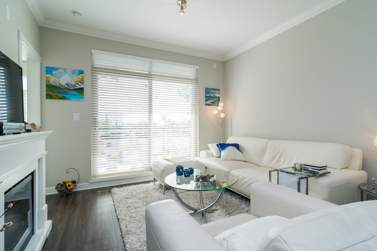 Living Room -Listed by Solon REM, Top Langley & Fraser Valley Realtor  at 413 - 20861 83rd Avenue, Langley