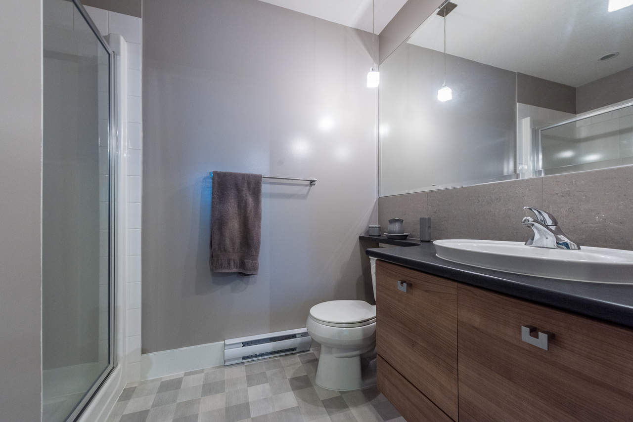 Bathroom - Listed by Solon REM, Top Langley & Fraser Valley Realtor  at 219 - 6628 120th, West Newton, Surrey