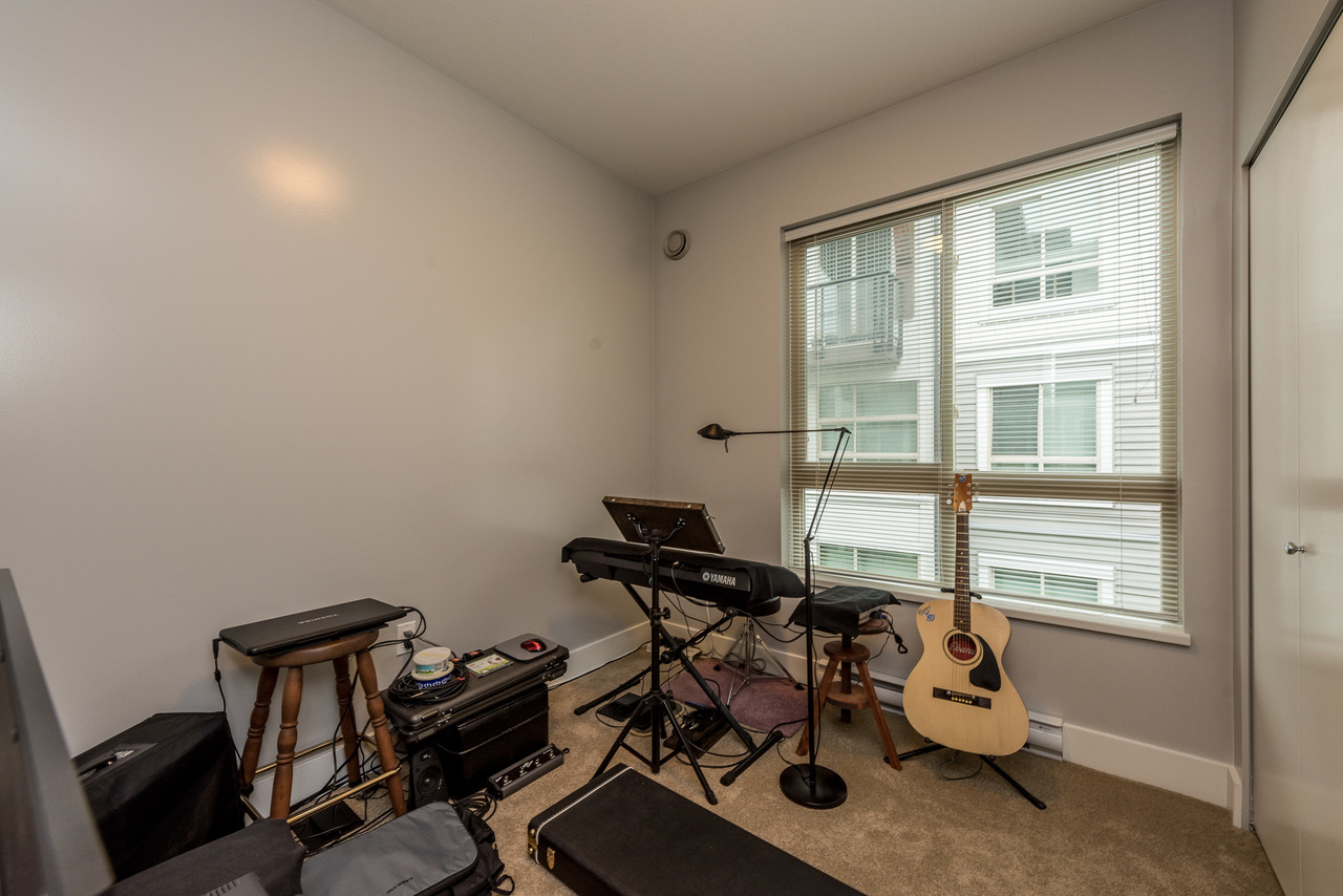 Bedroom - Listed by Solon REM, Top Langley & Fraser Valley Realtor  at 219 - 6628 120th, West Newton, Surrey
