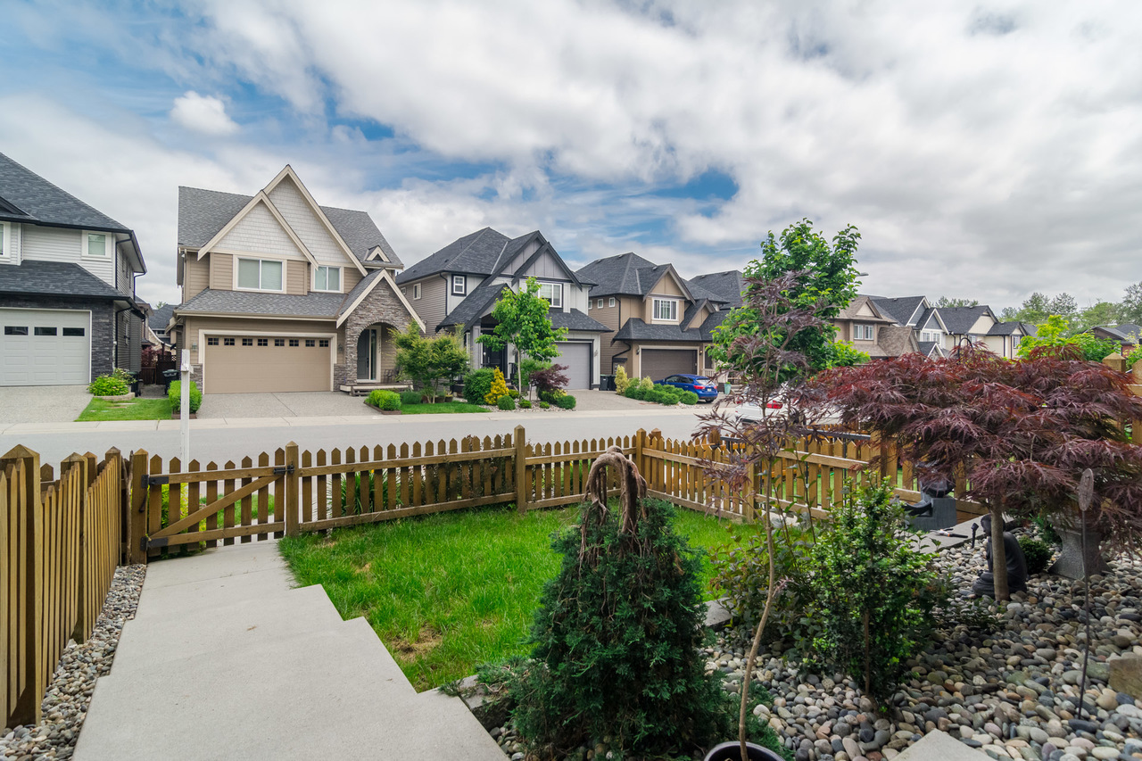 21136 80a Ave- Listed by Solon REM, Top Langley & Fraser Valley Realtor  at 21136 80a Avenue, Langley