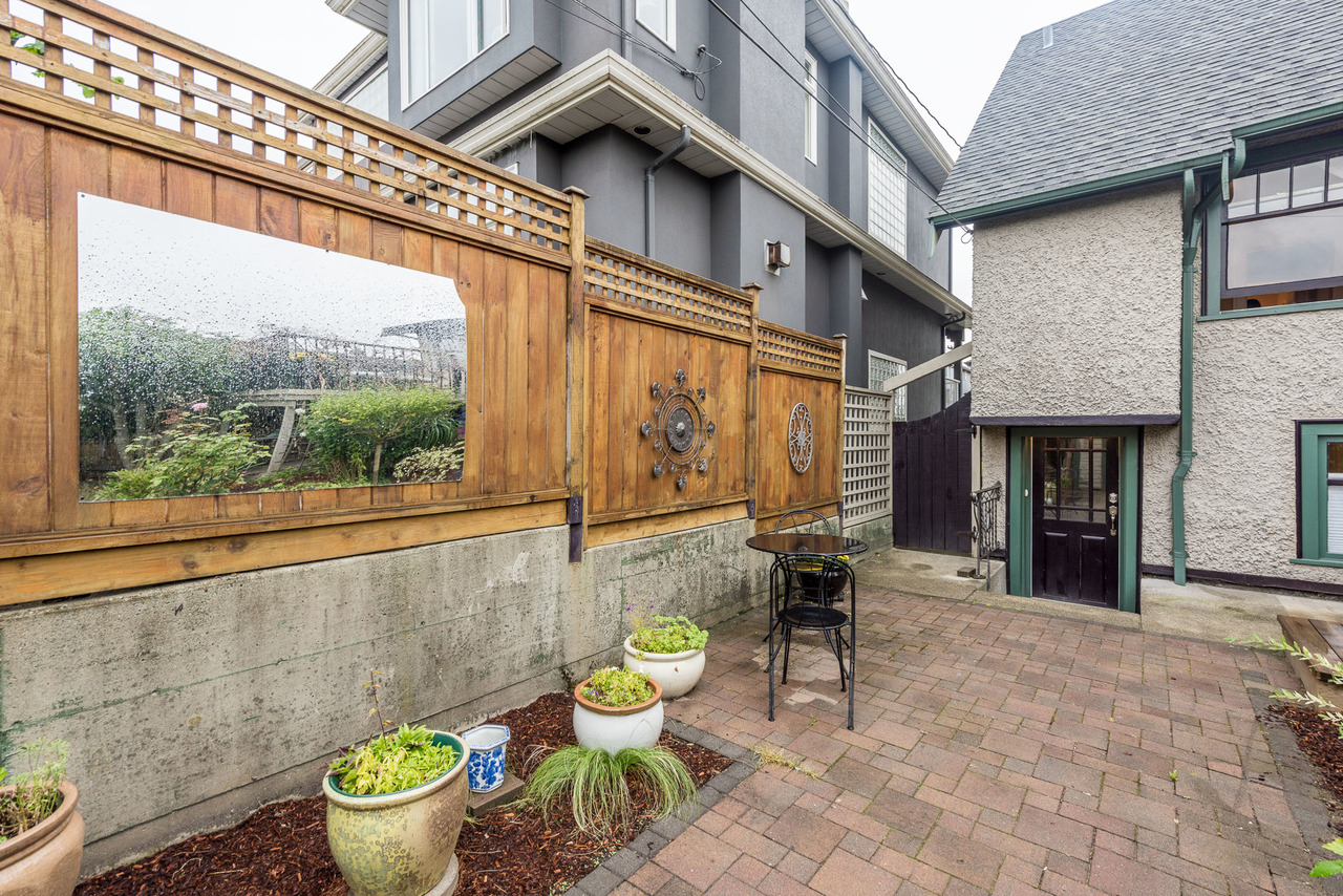 2476 E 2nd Ave - Listed by Solon REM, Top Langley & Fraser Valley Realtor 28008_28 at 2476 E 2nd Avenue, Vancouver Vancouver,