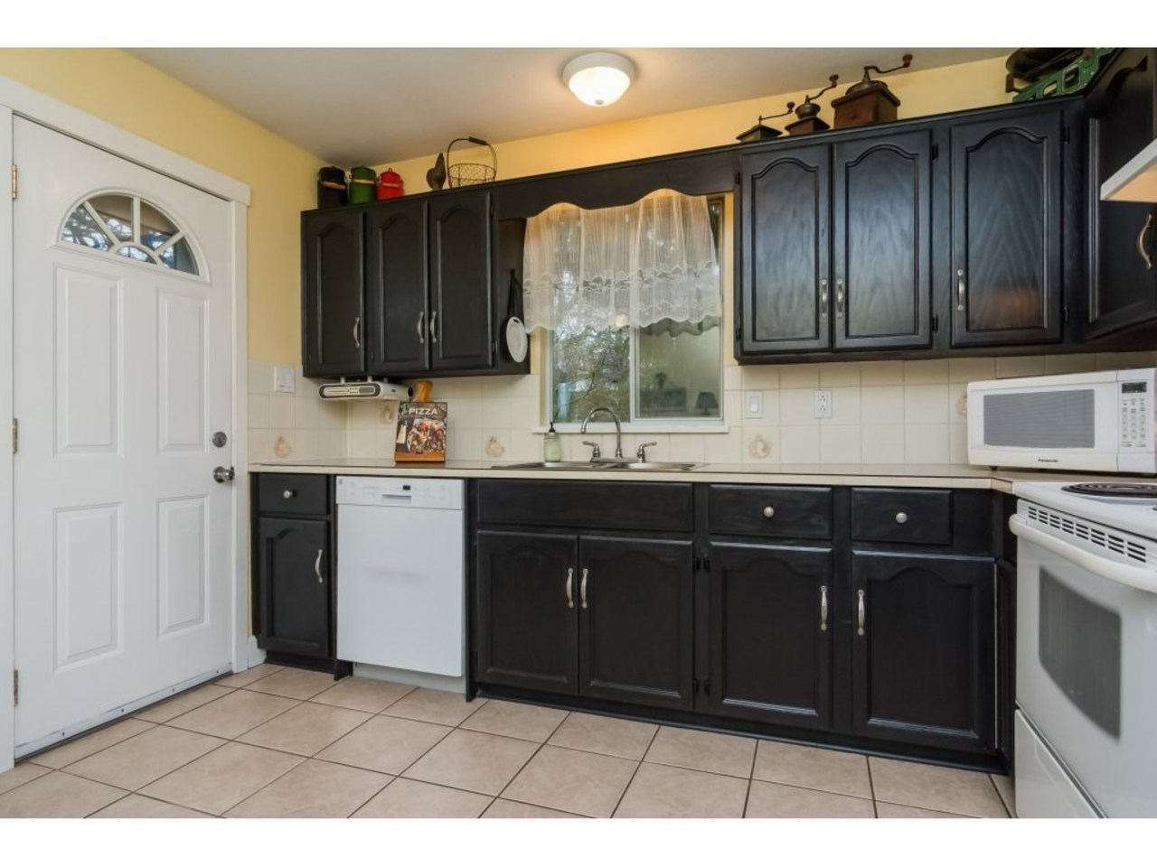 4 Bed Home by Solon Bucholtz Fraser Valley Realtor at 6079 173a Street, Cloverdale BC, Cloverdale