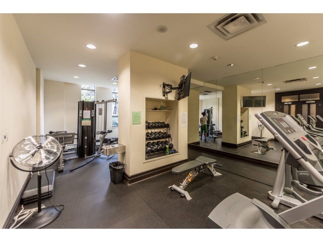 172 bed 2 bath Condo in Lonsdale by Solon Bucholtz  at 112 - 170 W 1st Street, Lower Lonsdale, North Vancouver