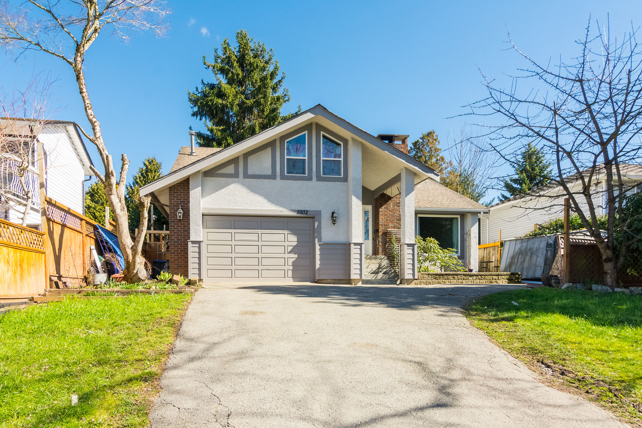 3 bedroom , 3 bathroom Cloverdale home by SolonREM top Fraser Valley Realtor at 5932 181a Street, Cloverdale BC, Cloverdale