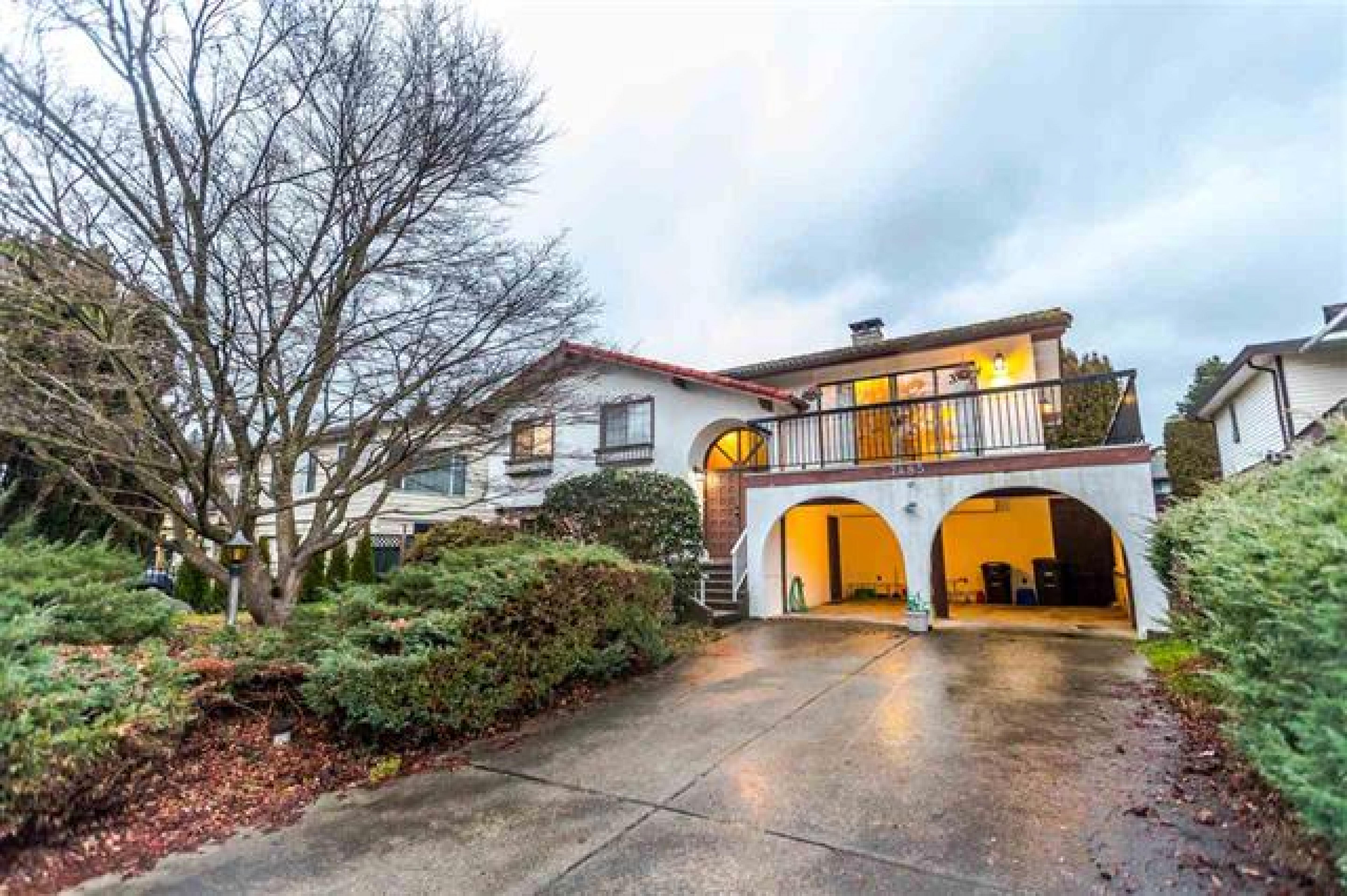 7485 Lawrence, Montecito, Burnaby North