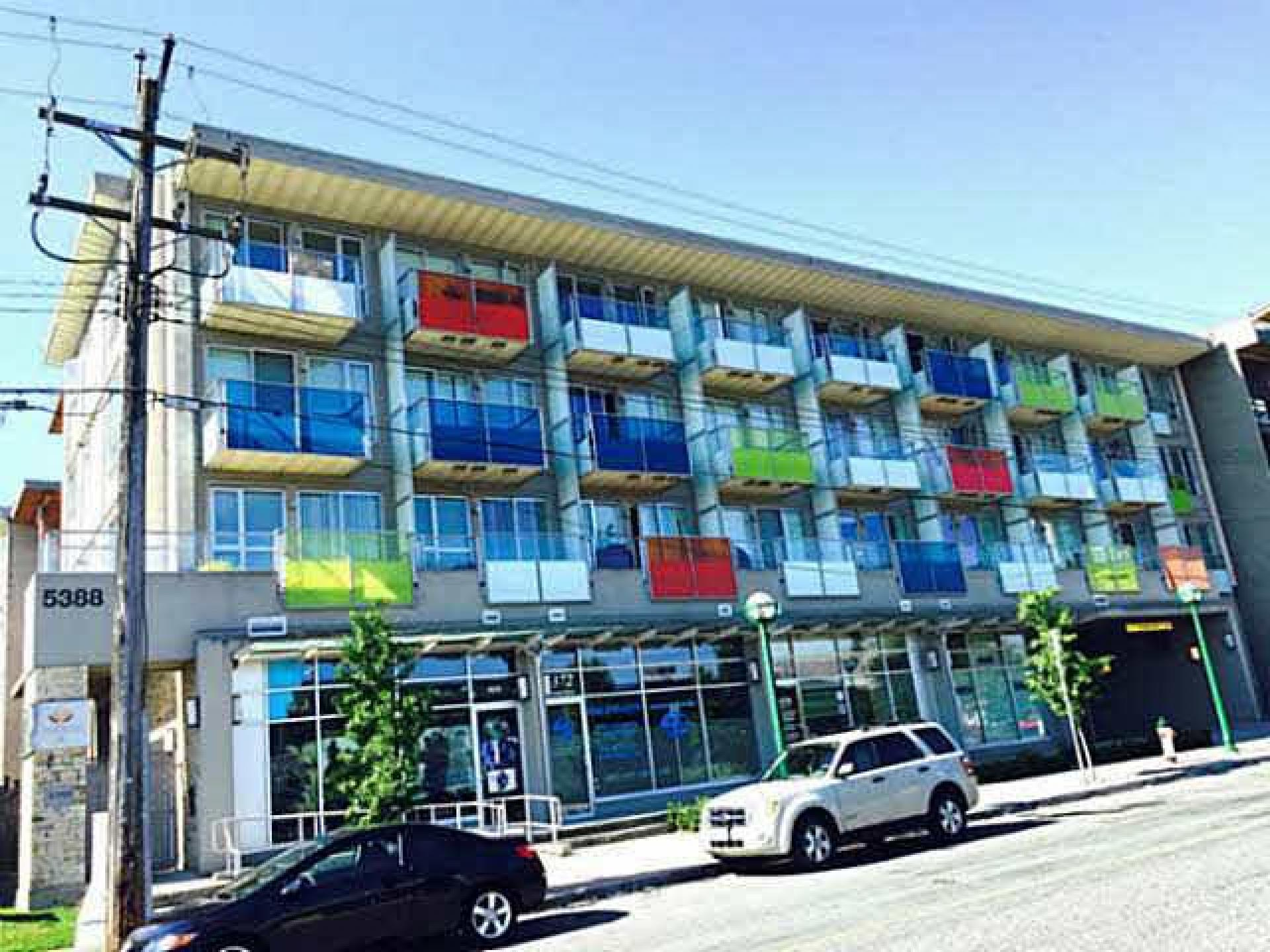 205 - 5388 Grimmer, Metrotown, Burnaby South