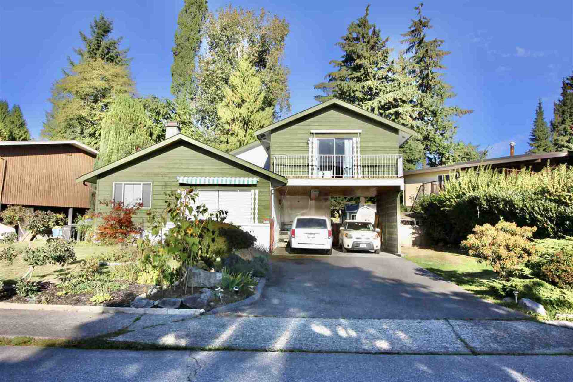 6589 Parkdale Drive, Parkcrest, Burnaby North